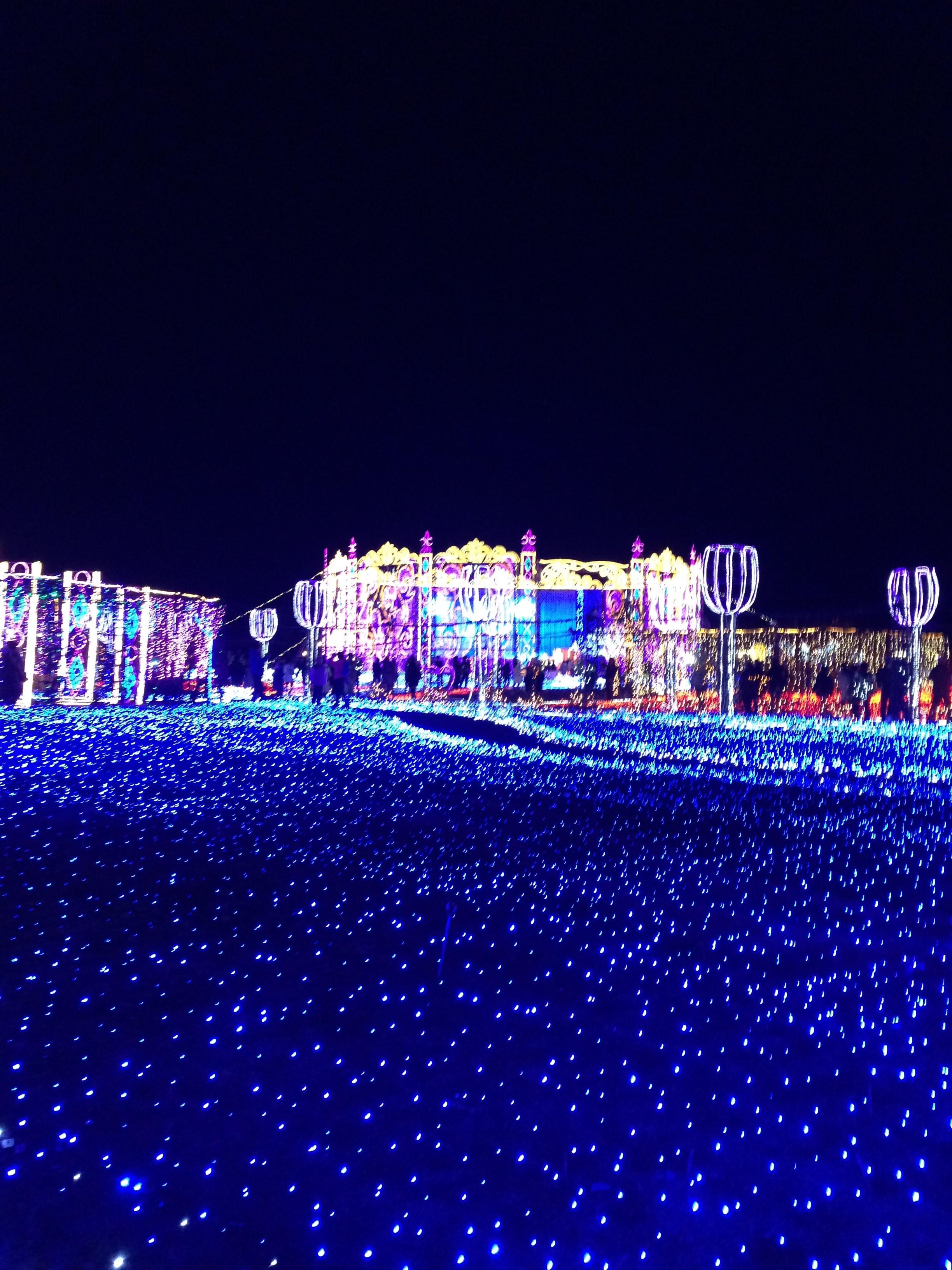 光の王国・ブルーの光