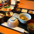 ホテルニューオータニの朝食3・落ち着いた雰囲気のなだ万でいただく和定食